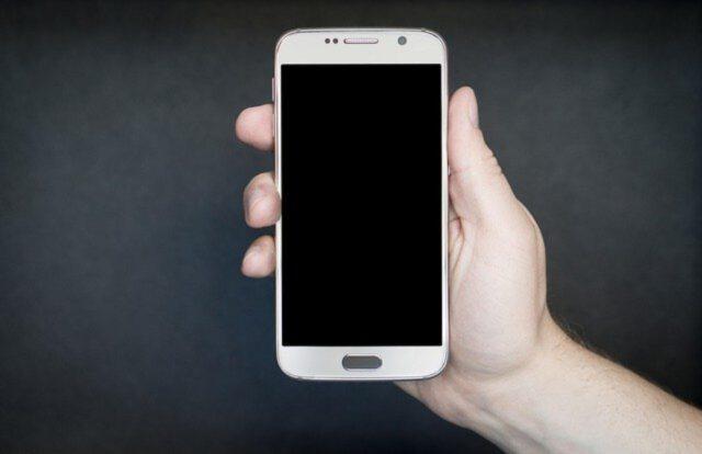 Jakie aplikacje warto mieć na swoim telefonie?